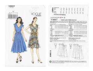 Vogue 8807